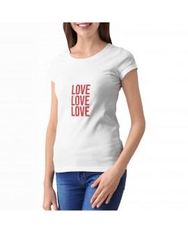Camiseta Love Love Love Corte Entallado