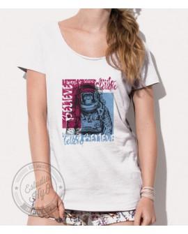 Camiseta Believe Corte Moderno Mujer